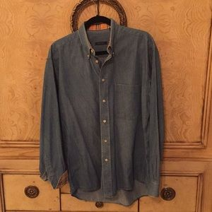 EUC Burberry Soft wash jean shirt